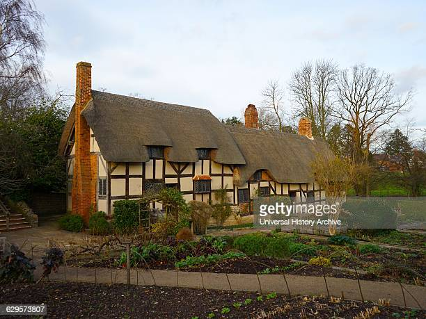 Anne Hathaway's Cottage where Anne Hathaway the wife of William Shakespeare lived as a child StratforduponAvon England The earliest part of the house...