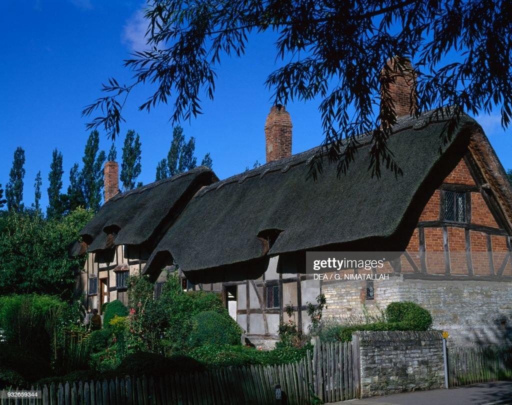 Anne Hathaway's Cottage, Stratford-upon-Avon : Fotografía de noticias