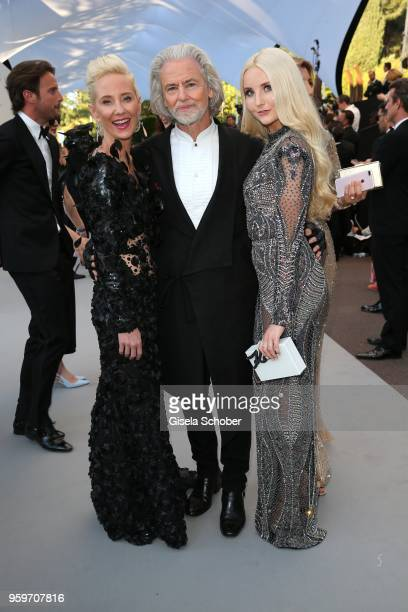 Anne Heche, guest of Hermann Buehlbecker and Anna Hiltrop arrive at the amfAR Gala Cannes 2018 at Hotel du Cap-Eden-Roc on May 17, 2018 in Cap...