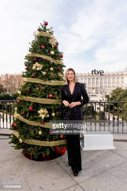 Anne Igartiburu attends RTVE Christmas Celebration photocall on December 17 2018 in Madrid Spain