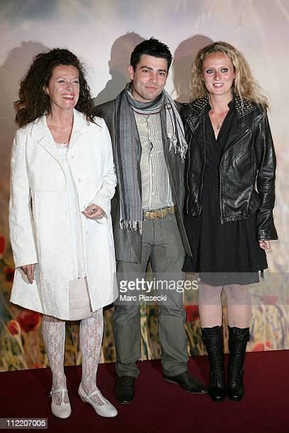 Anne Jousset Aurore Auteuil and her husband Jimmy attend the 'La Fille du Puisatier' Paris Premiere at Cinema Gaumont Marignan on April 14 2011 in...