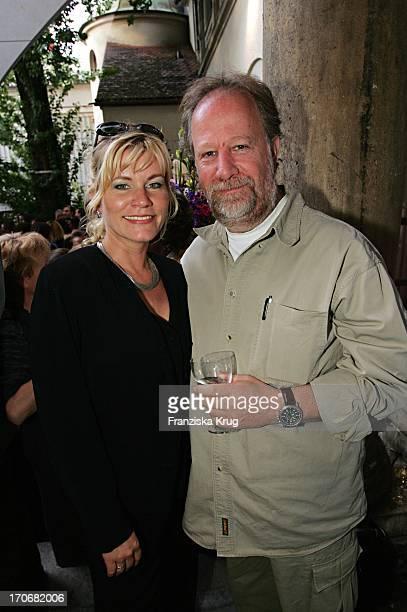 Anne Kasprik Und Ehemann Oren Schmuckler Beim Empfang Der Bavaria Film Zum Filmfest Im Künstlerhaus In München