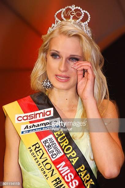 Anne Kathrin Kosch 'Miss Germany'Wahl 2011 'Europa Park' Rust bei Freiburg BadenWürttemberg Deutschland Europa Bühne Auftritt Finale weinen Tränen...
