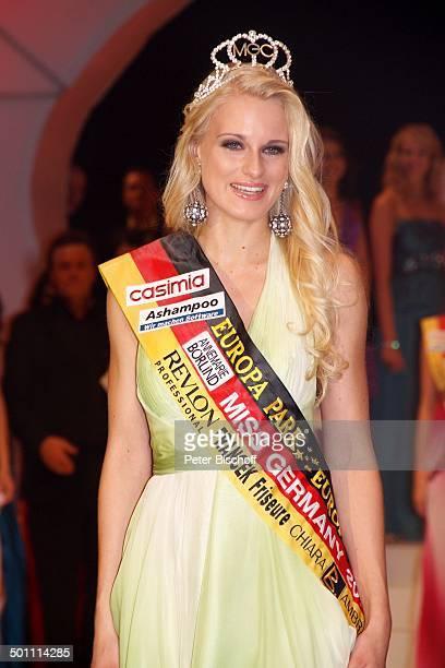 Anne Kathrin Kosch 'Miss Germany'Wahl 2011 'Europa Park' Rust bei Freiburg BadenWürttemberg Deutschland Europa Bühne Auftritt Finale Pkw Auto...