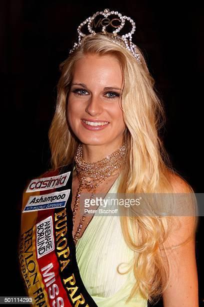 Anne Kathrin Kosch Porträt 'Miss Germany'Wahl 2011 'Europa Park' Rust bei Freiburg BadenWürttemberg Deutschland Europa Bühne Auftritt Finale Pkw Auto...
