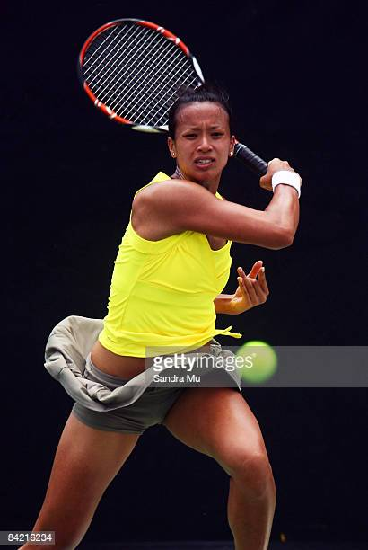 Anne Keothavong of Great Britain plays a forehand in her match against Elena Vesnina of Russia during day five of the ASB Classic at ASB Tennis...