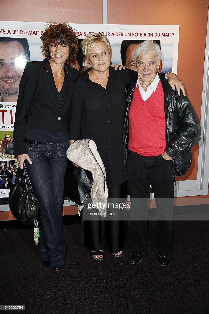 """L'Invitation"" Paris Premiere At UGC Georges V : News Photo"