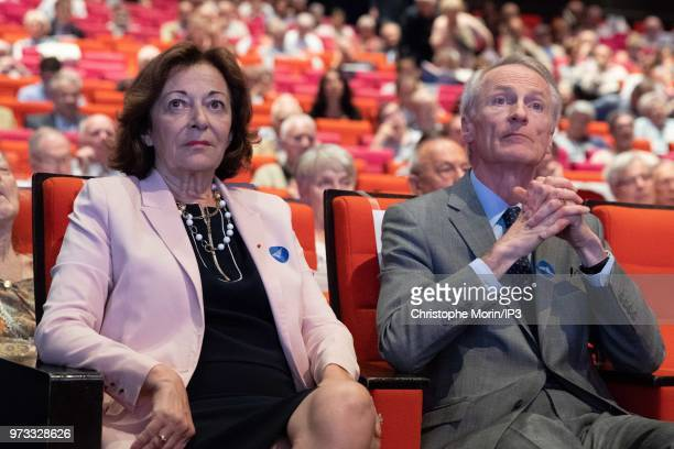 Anne Marie Idrac and JeanDominique Senard attend the French building materials giant SaintGobain group's general meeting on June 7 2018 in Paris...