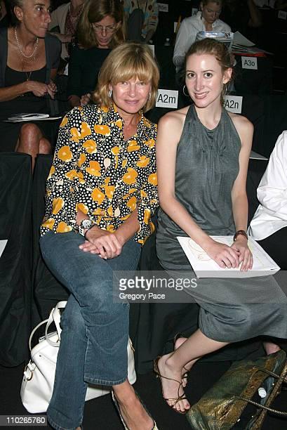 Anne McNally and Alexis Bryan front row at Vera Wang Spring 2006