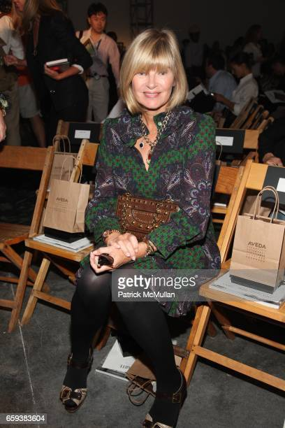Anne McNally attends RODARTE Spring/Summer 2010 Collection at Gagosian Galley on September 15 2009 in New York City