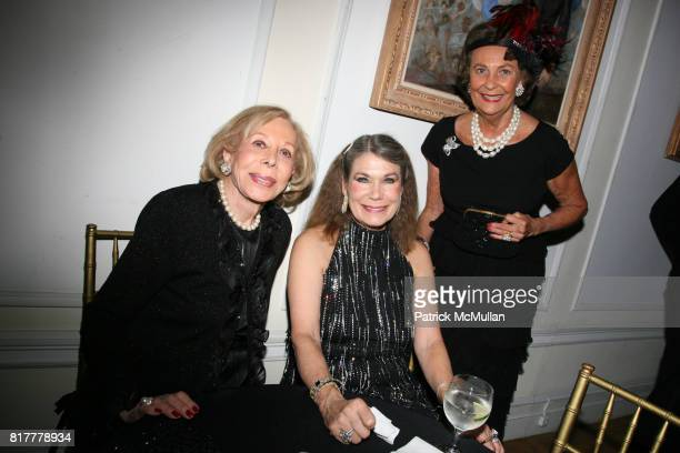 Anne Miller Sarah Page and Nancy Fowler attend Portrait artist ZITA DAVISSON's Great Gatsby Party A Roaring 20's Evening at Private Residence on...