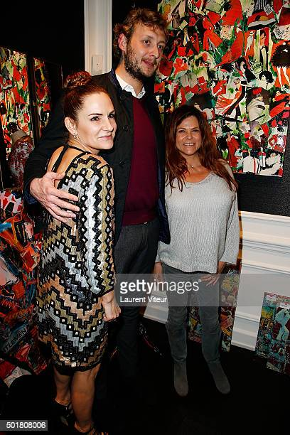 Anne Mondy Amaury Levaux and Charlotte Valandrey attend 'Accords Croises' Anne Mondy's exhibition at Rue Bonaparte on December 17 2015 in Paris France