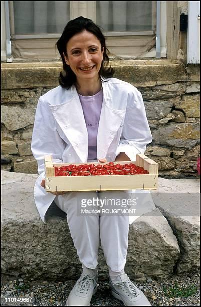Anne Pic in her restaurant in Valence France in 2001