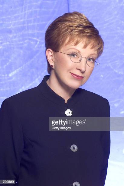 Anne Robinson hosts NBC's new television game show special 'Weakest Link' Robinson brings her stern treatment and catch phrase 'You are the weakest...
