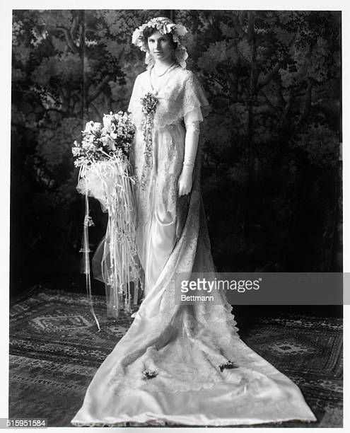 Anne Rogers daughter of H H Rogers Society belle of the early 1900's