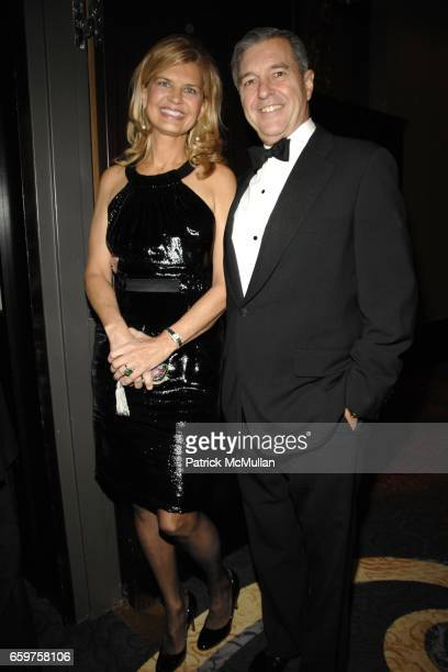 Anne Rohrbach and Clay Rohrbach attend THE NEW YORK BOTANICAL GARDEN Hosts a Festive Dinner in Honor of ROLEY NOLAN MAUREEN CHILTON at Mandarin...