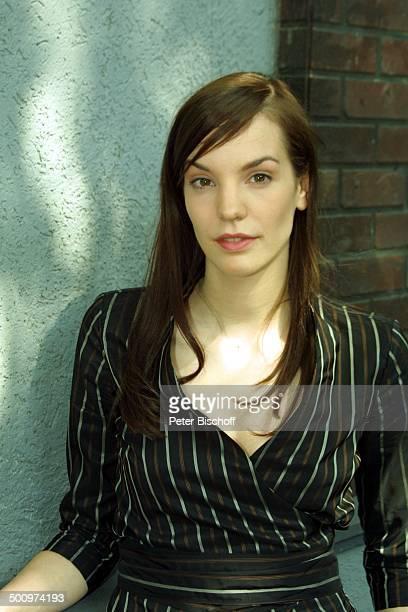 Die Wache KölnDelbrück Schauspielerin Portrait Promi PNr490/2003 LK Foto Peter Bischoff/E Veröffentlichung nur gegen Honorar und Beleg