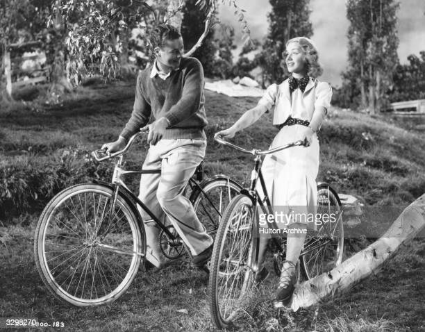 Anne Shirley and Tim Holt star in the film 'Stella Dallas' a remake of the silent 1925 version The film was directed by King Vidor for Samuel Goldwyn...