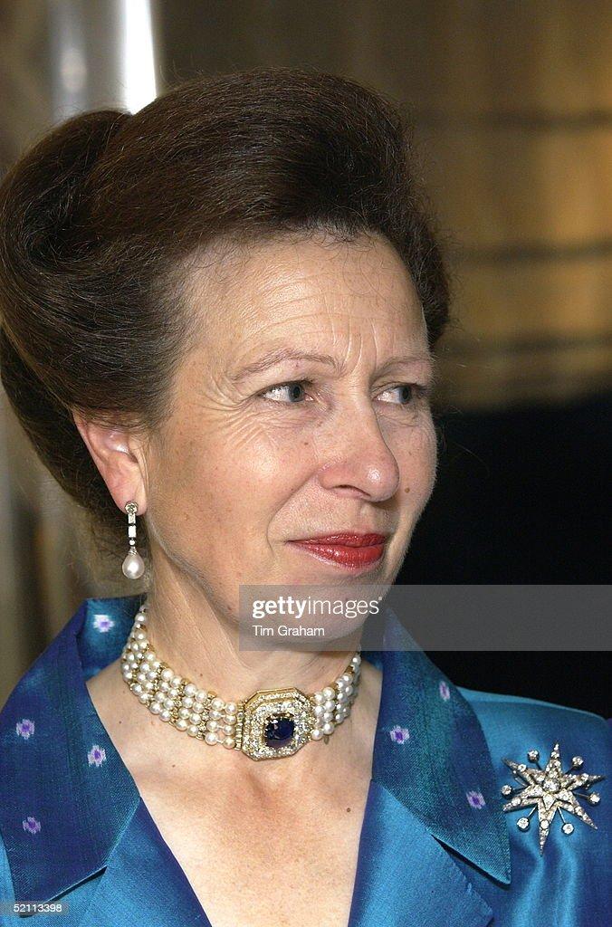 Anne Jewels : News Photo