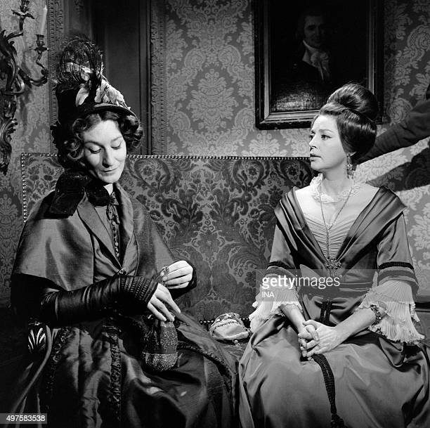 Anne Vernon to the right in 'The lost illusions' serial adapted of Honoré de Balzac's novel and realized by Maurice Cazeneuve