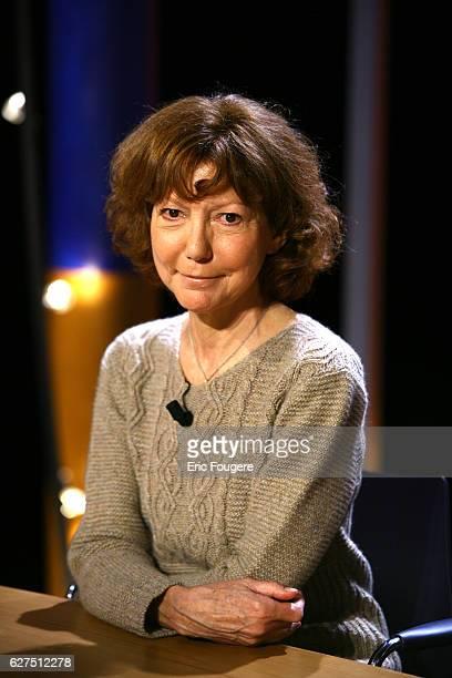 Anne Wiazemsky on the set of TV show 'Vol de Nuit'