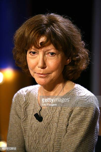 Anne Wiazemsky on the set of TV show 'Vol de Nuit'