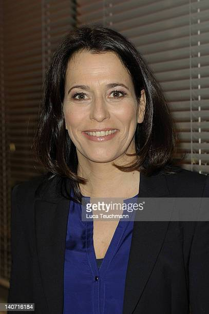 Anne Will attends the book Release Nachrichtenzeit at the Dussmann store on March 5 2012 in Berlin Germany