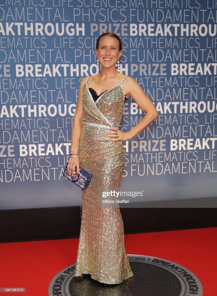 2019 Breakthrough Prize - Red Carpet : News Photo
