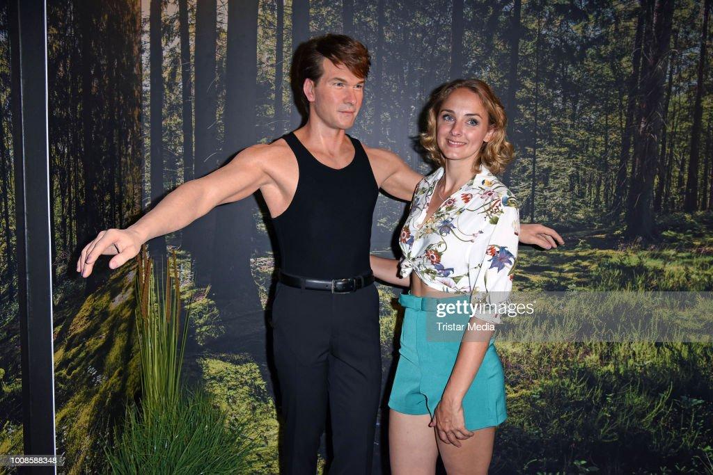 'Madame Tussauds Berlin Goes Dirty Dancing' Opening Party In Berlin : Nachrichtenfoto