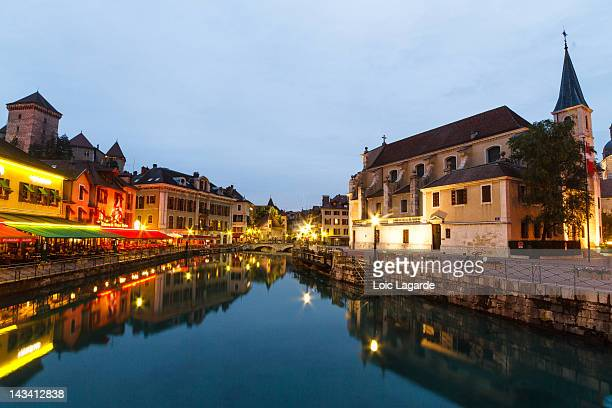annecy old town by night in blue hour - lake annecy stock photos and pictures