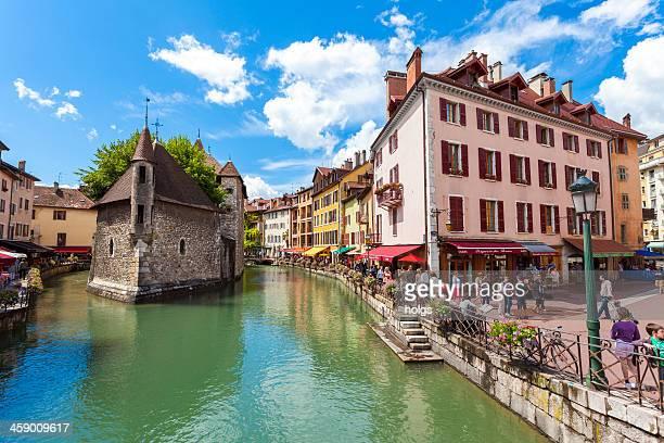 Annecy Riverfront cafés et Bars en journée, en France
