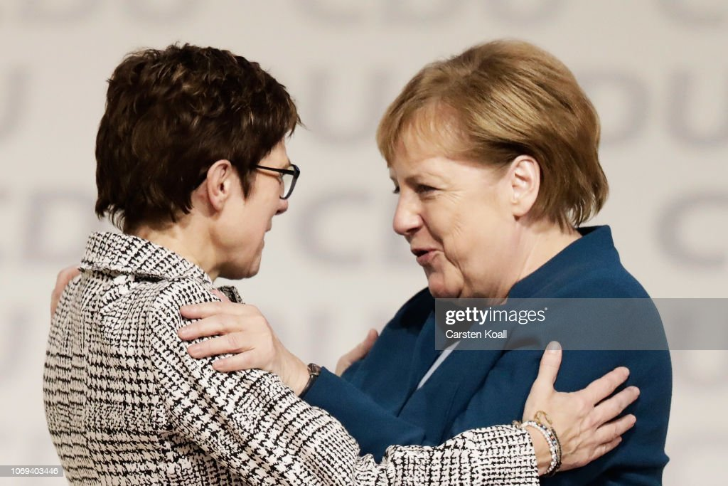 CDU Holds Federal Party Congress To Elect Successor To Angela Merkel : Fotografía de noticias