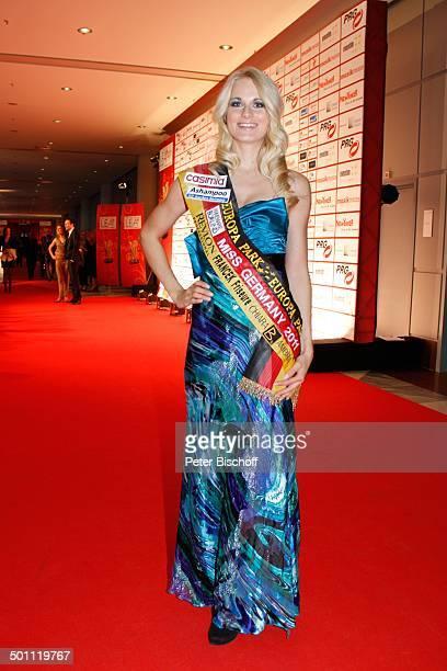 AnneKathrin Kosch 6 GalaVerleihung 'Lea Award' 2011 als Auftakt zur 'Musikmesse' Festhalle Frankfurt Hessen Deutschland Europa Schrpe Ganzkrper Promi...