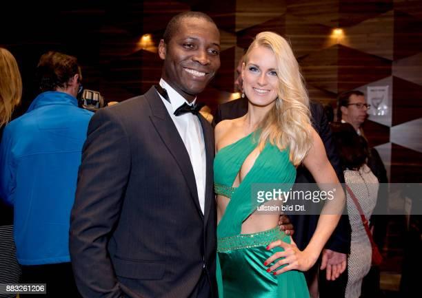 AnneKathrin Kosch und Thierry Bisso bei den Victress Award Berlin 2016 im Hotel Titanic am