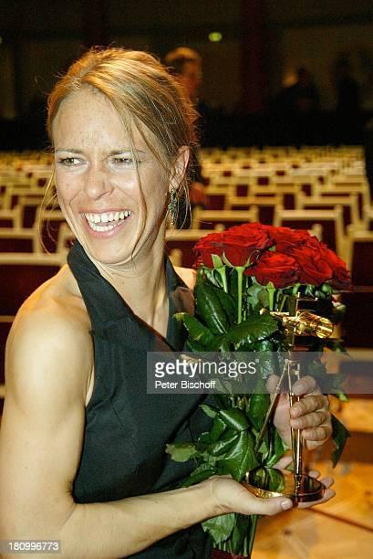 Anneke Kim Sarnau Verleihung der Goldenen Kamera 2003 Berlin Deutschland Europa Konzerthaus am Gendarmenmarkt Goldene Preisträgerin Preis Promis...