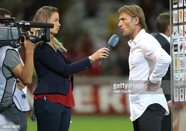 AnneLaure Bonnet interviews Blaise Matuidi of PSG after the French Ligue 1 match between Lille OSC and Paris SaintGermain at Grand Stade Pierre...