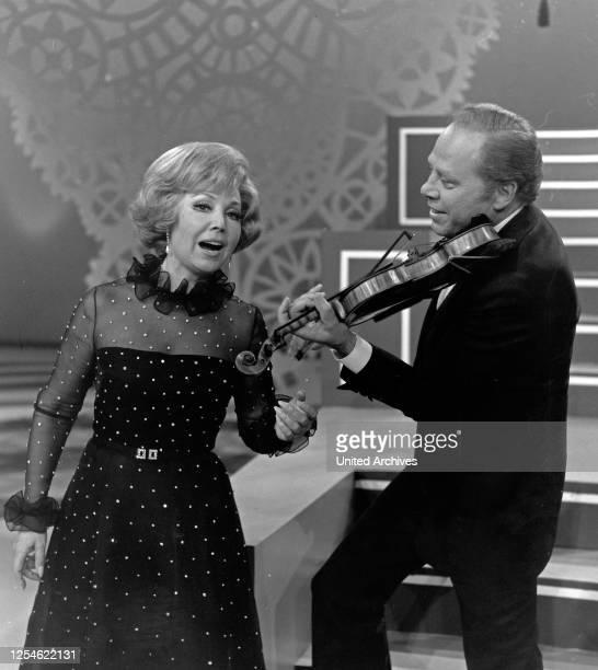 Anneliese Rothenberger gibt sich die Ehre, Deutschland 1973, Fernsehshow, Mitwirkende: Anneliese Rothenberger, Helmut Zacharias.