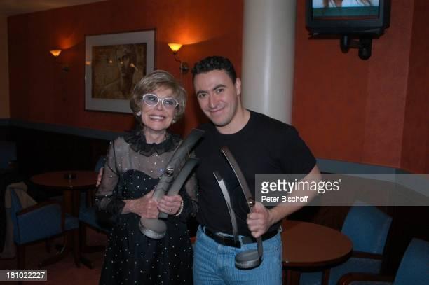 """Anneliese Rothenberger , Maxim Vengerov , ZDF-Show: """"Echo der Stars"""", Verleihung des """"Echo Klassik 2003"""", Dortmund, , Hotel: """"Hilton"""", Sängerin,..."""