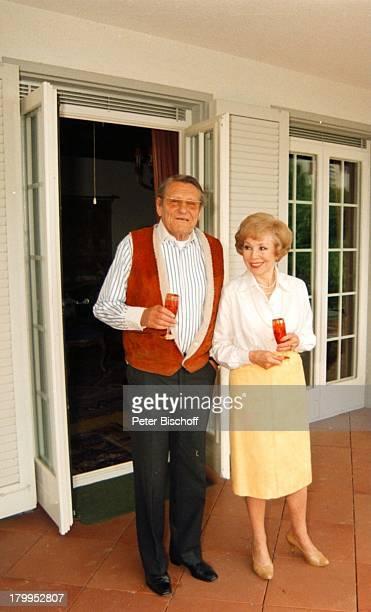 Anneliese Rothenberger mit Ehemann Gerd WDieberitz HomestorySalenstein/Bodensee/Schweiz