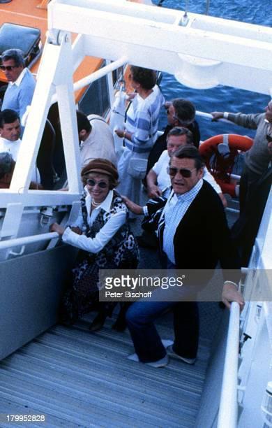 """Anneliese Rothenberger mit Ehemann Gerd W.;Dieberitz,""""MS Europa"""", Kreuzfahrt,"""