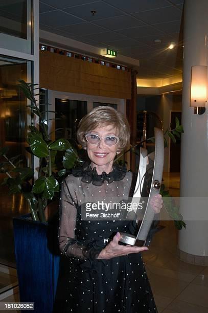 Das Lebenswerk ZDFShow Echo der Stars Verleihung des Echo Klassik 2003 Dortmund Hotel Hilton Sängerin Preis Auszeichnung Promis Prominente Prominenter