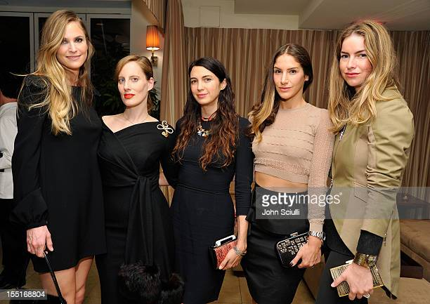 Annelise Peterson Liz Goldwyn Shiva Rose Minnie Mortimer Gaghan and Claiborne Swanson Frank attend a dinner hosted by Ali Larter celebrating the Devi...