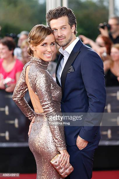 Annemarie Carpendale and Wayne Carpendale attend the red carpet of the Deutscher Fernsehpreis 2014 on October 02 2014 in Cologne Germany