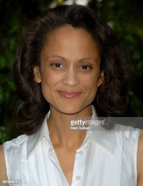Nackt  Anne-Marie Johnson What happened