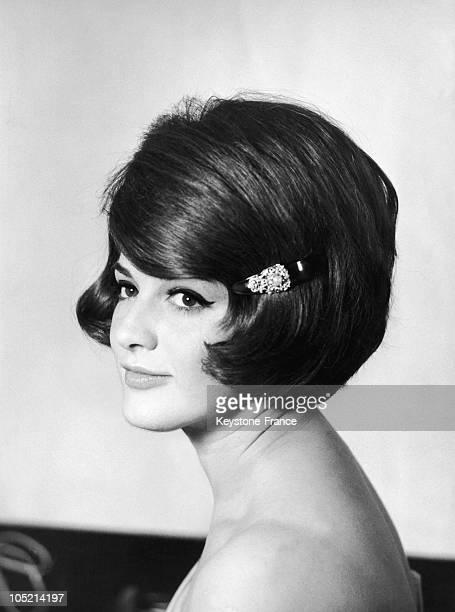 AnneMarie Peysson Speakerine At The ORTF In 1965