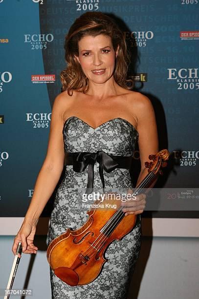 AnneSophie Mutter Bei Der Verleihung Des Echo Klassik 2005 In Der Philharmonie In München