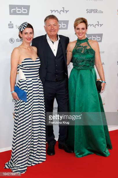 Annett Renneberg Thomas Ruehmann and Anja Nejarri attend the Goldene Henne on September 28 2018 in Leipzig Germany