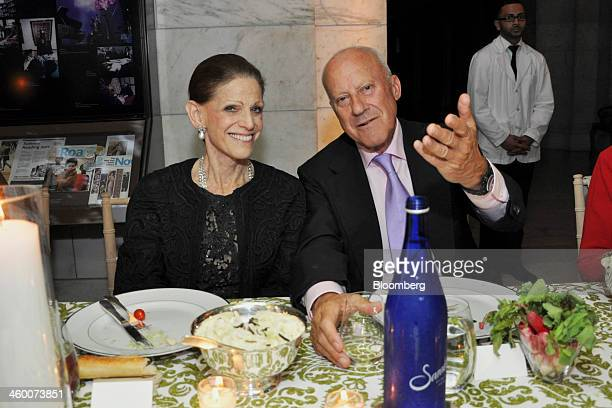 Annette de la Renta a trustee of the New York Public Library left and architect Norman Foster founder and chairman of Foster Partners Ltd attend a...