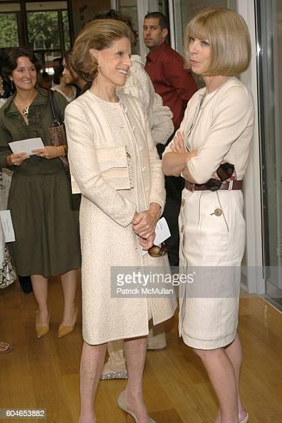 Annette de la Renta and Anna Wintour attend OSCAR DE LA RENTA Resort 2007 Collection Runway Show at Morgan Library on June 5 2006 in New York City