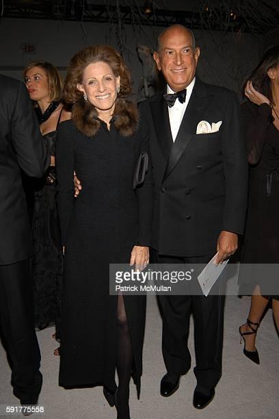 Annette de la Renta and Oscar de la Renta attend 'SEVENTH ON SALE' Benefit For HIV/AIDS at Skylight Studios on November 10 2005 in New York City